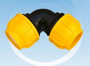 زانو پیچی پلی اتیلن جهت تغییر مسیر سیال و یا تغییر جهت لوله پلی اتیلن با زاویه 90 در طراحی و ساخته شده است. و همچنین البو دنده ای برای استفاده و نصب در سیستم های انتقال سیال با لوله HDPE تولید شده در سایزهای : ۲۰ ، ۲۵ ، ۳۲ ، ۴۰ ، ۵۰ ، ۶۳ ، ۷۵ ، ۹۰ ، ۱۱۰ ، ۱۲۵ میلی متر تولید می گردد.  اتصالات پیچی اتیلن به اتصال هایی گفته می شود که بدون نیاز به جوشکار پلی اتیلن به صورت پیچی دوله و یا اتصالات دیگر را به هم متصل می نماید. این محصولات عموما برای سیستمهای آبرسانی و آبیاری قطره ای زمینهای کشاورزی و باغات و همچنین برای آبرسانی مورد استفاده قرار میگیرد.