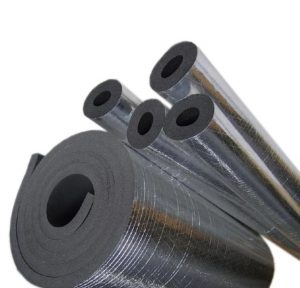 عایق الاستومری حرارتی برودتی یا فوم نسوز یا فوم الاستومری امروزه جایگزین مناسبی برای عایق پشم شیشه می باشد و برتری زیادی نسبت به عایق پشم شیشه دارد.  پوشش حرارتی فوم امروزه به صورت عمده در صنعت تأسیسات لوله های آب گرم مکانیکی و سیستم های حرارتی و برودتی مورد استفاده قرار می گیرد.  پوشش حرارتیسطح خارجی نرم و بادوامی دارد که در مقابل انباشت آلودگی و رطوبت، مقاومت بالایی از خود نشان می دهد؛ بنابراین منجر به مقابله با رشد عوامل بیماری زا و قارچی می شود.