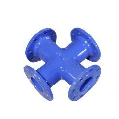 چهارراه چدنی فلنج دار دارای چهار جهت فلنج دار می باشد هم به صورت مساوی و هم به صورت تبدیلی ساخته می شود و جهت اشعاب به چند جهت مختلف مورد استفاده قرار می گیرد. چهار سو داکتیلاز مواد اولیه چدن خاکستری و چدن داکتیل نشکن تولید می شود و تقریبا جزء اتصالات چدنی کم مصرف می باشد.چهار طرف این اتصال دارای فلنج می باشد که برای اتصال آن از واشر لاستیکی و یا واشر لاستیکی منجید دار استفاده می شود و از چهار جهت مخطلف به خطوط لوله متصل می شود.