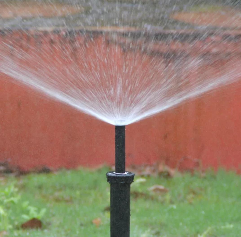 آبپاش هانتر مخفی شونده جزء نازل های آب پاش ، که به آنها نازل های اسپری نیز گفته می شود ، یکی از مهم ترین اجزاء ، آبیاری بارانی در سیستم های آبیاری با طراحی لوله کشی با لوله های پلی اتیلن مناسب می باشد. نازل مناسب انتقال دقیق و یکنواخت آب را در سیستم مورد نیاز شما را تضمین می کند. آبپاش هانتر( Hunter ) مجموعه ای از گزینه های نازل برای هر سیستم پاشش برای چمن - نازل های قابل تنظیم ، ثابت ، ویژه و MP نازل روتارو ( Rotator ) را ارائه می دهد.